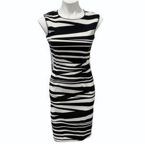 💙 Bisou Bisou Black White Stripe Dress 4